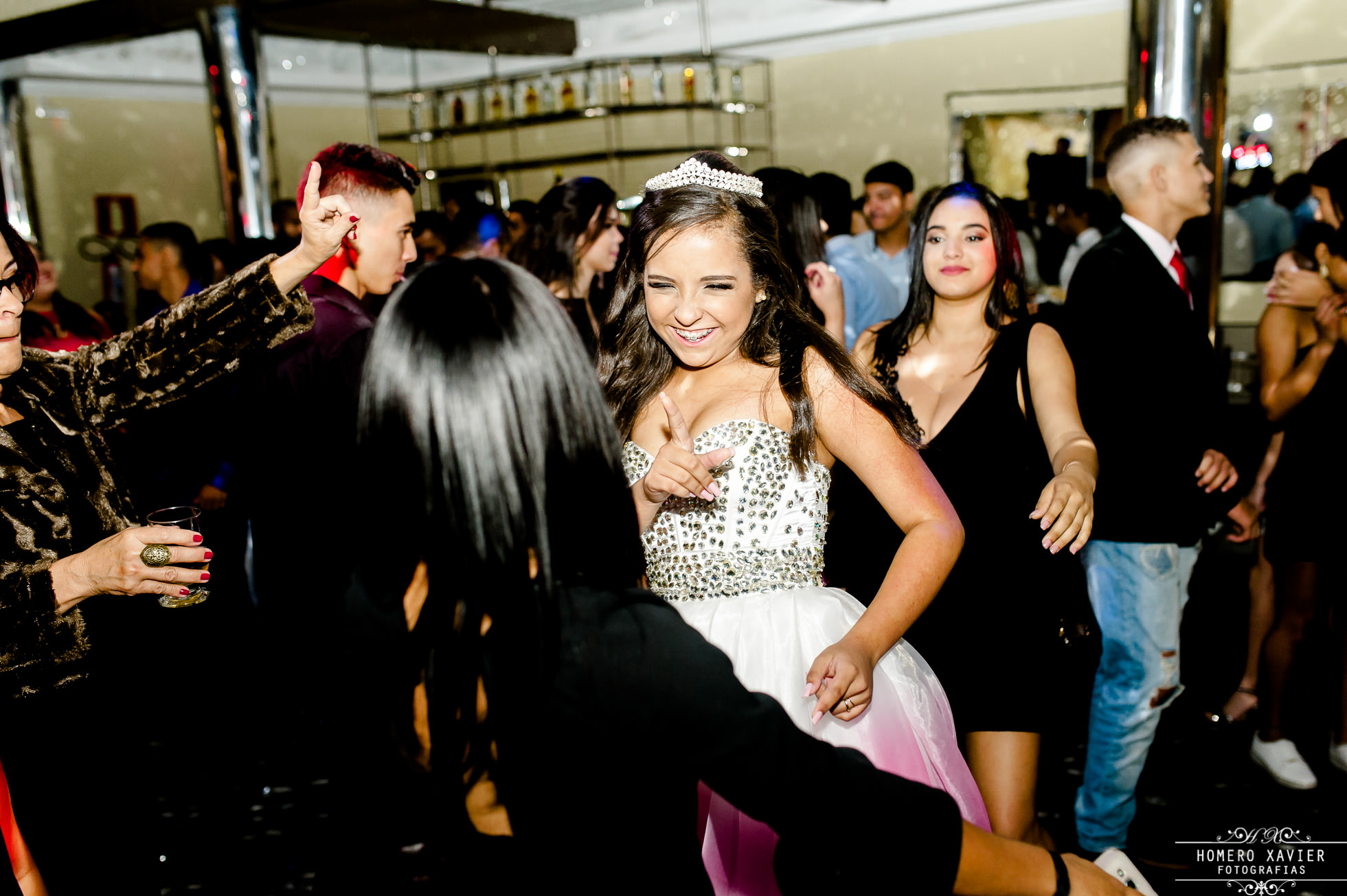 Fotografia festa aniversário Luísa de 15 anos em BH, salão de festas O Sonhador