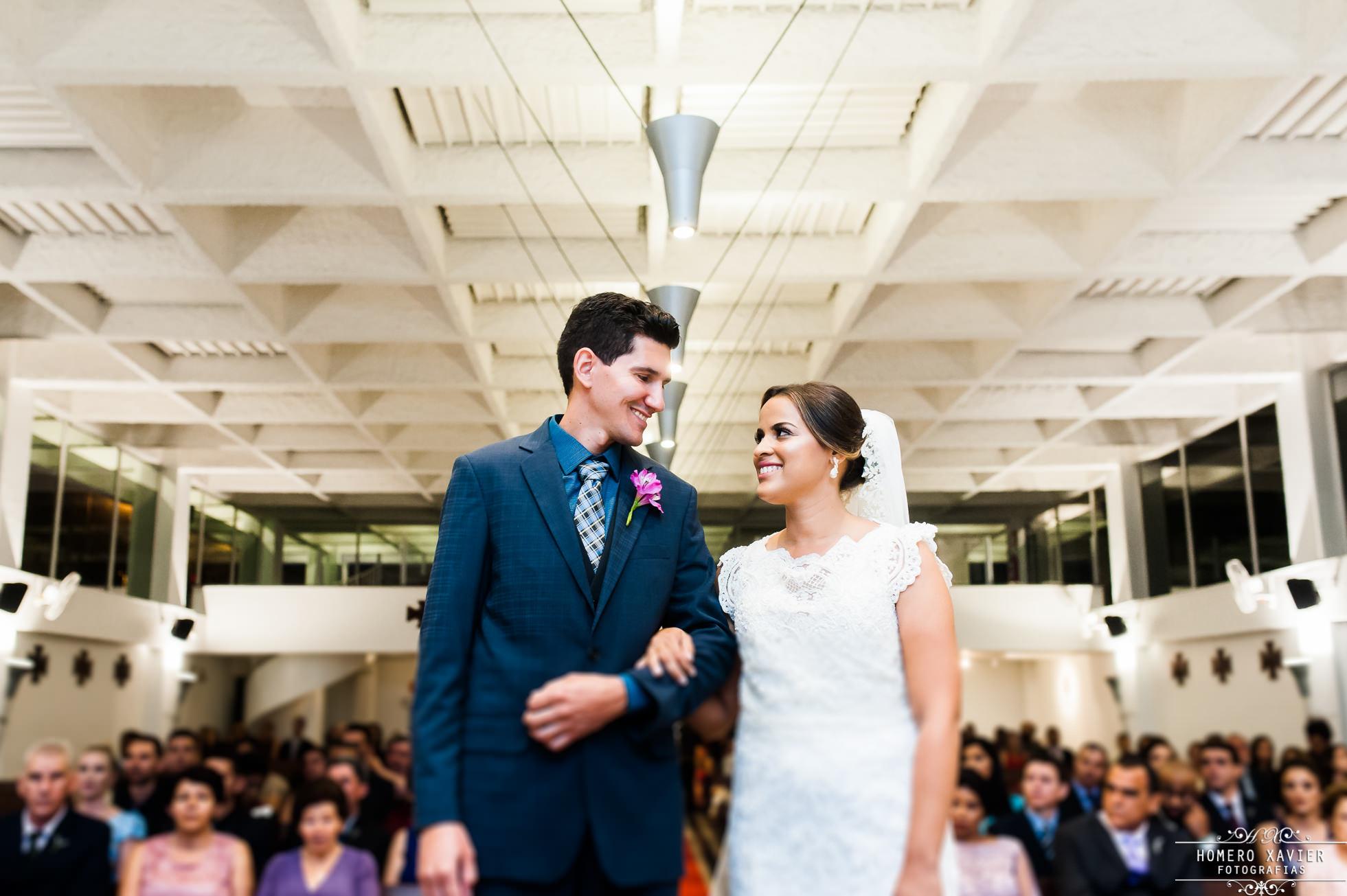 foto casamento Igreja Santo Inacio Loyola em BH