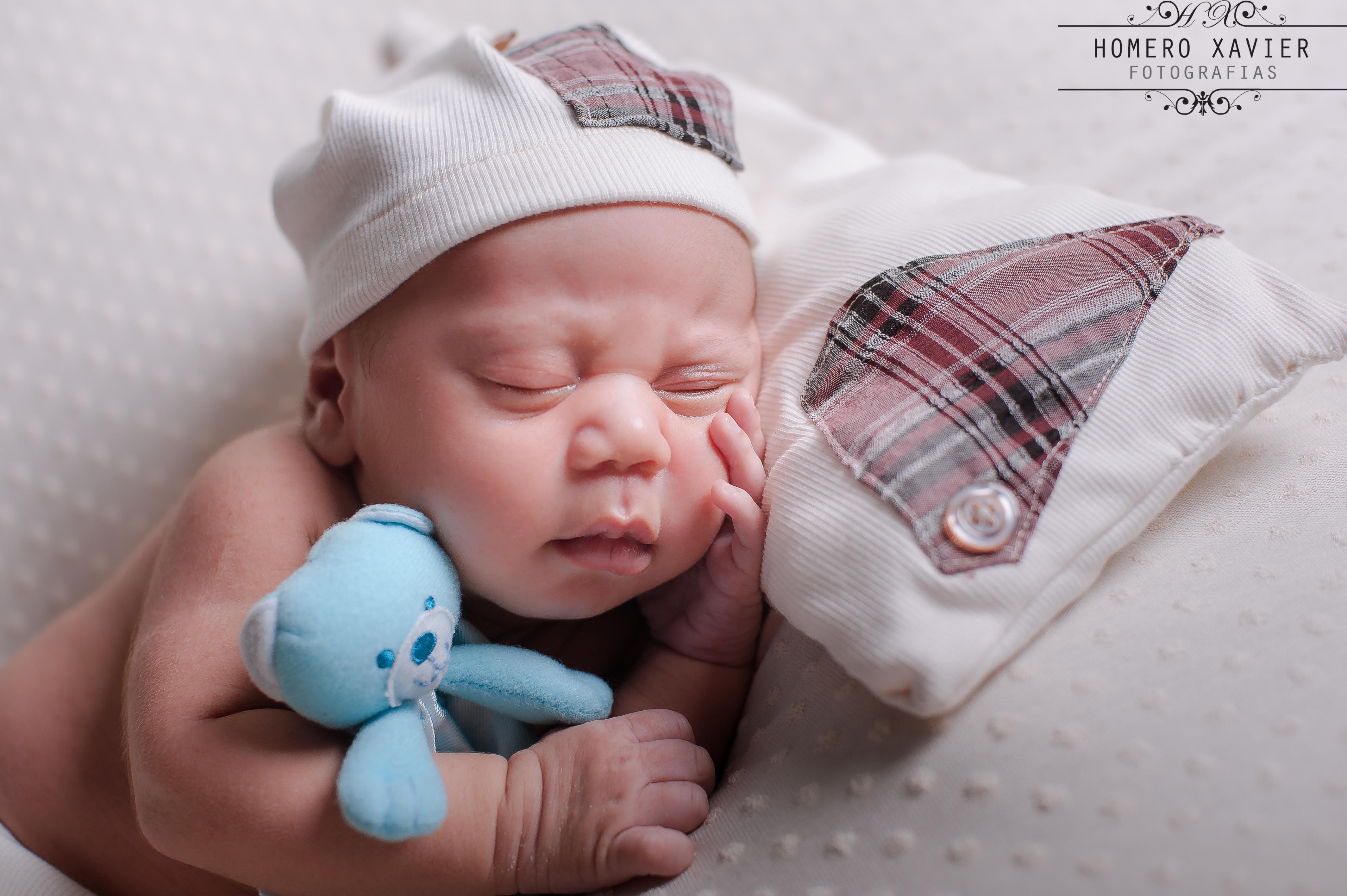 Fotografia book newborn em studio em Belo Horizonte