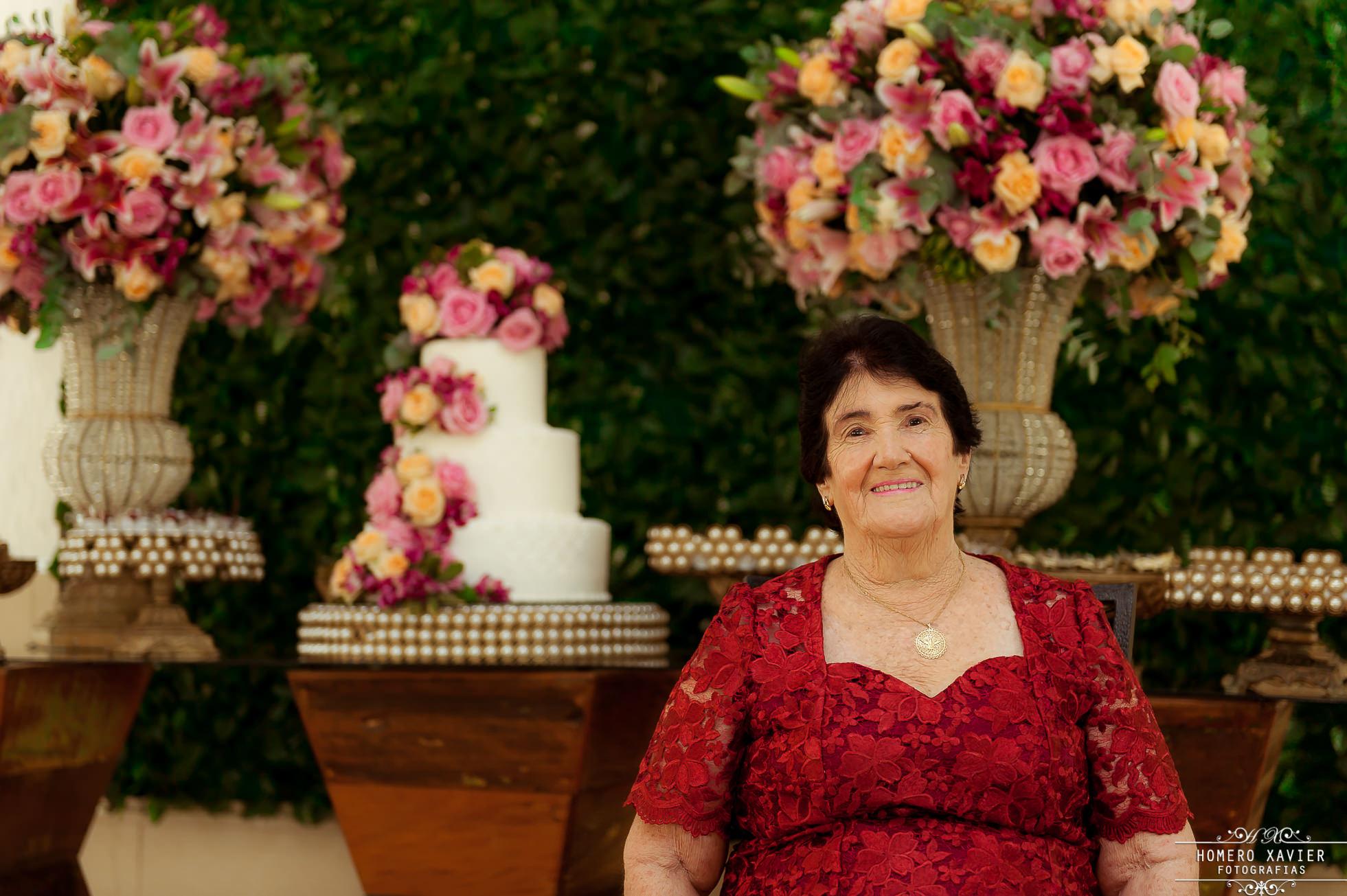 Festa de aniversário de 80 anos realizada no Recanto Marietta