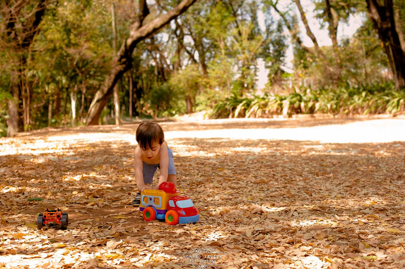 book infantil externo em parque em bh